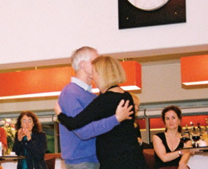 Tango in de Maassalon van Podium O 950