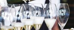 Floris trakteert op 9-delig wijn-arrangement