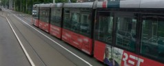 Vrouw aangereden door tram op Honingerdijk
