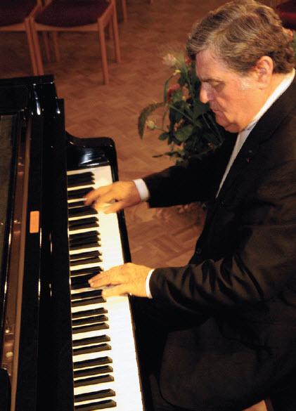pianist Jean-Bernard Pommier