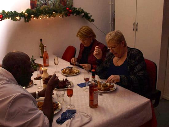 Het kerstdiner in buurthuis De Kraal
