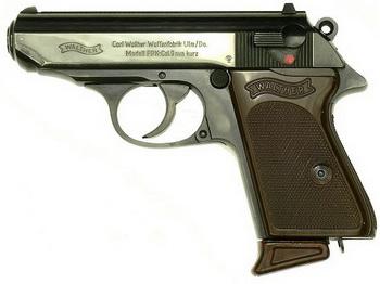 Man in Crooswijk met op vuurwapen lijkend voorwerp aangehouden