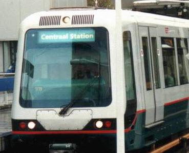 Metroverkeer plat door ontruiming bij verkeersleiding