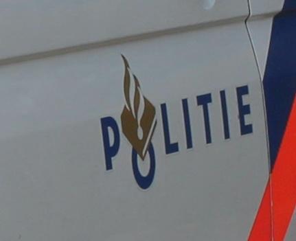 Man ramt auto's tijdens achtervolging in Crooswijk