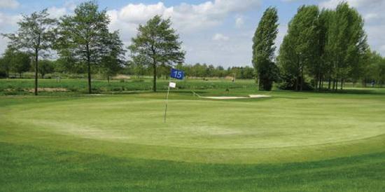 Hole op golfbaan