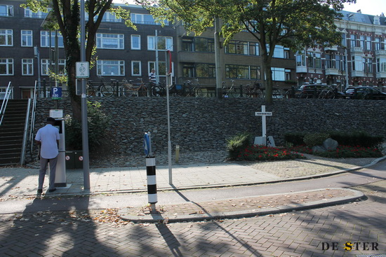 oorlogs monument oostzeedijk Max