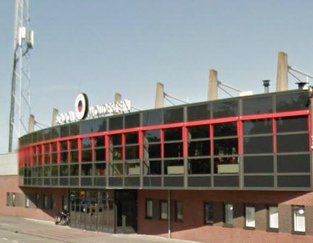 Man aangehouden voor mishandeling politieagent in Excelsiorstadion