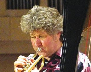 Trompet en harp in Pro Rege