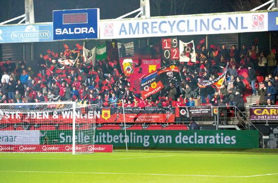 Ook afgelopen zaterdag was Stadion Woudestein weer helemaal uitverkocht voor het thuisduel tegen Willem II. Foto: Jan den Breejen