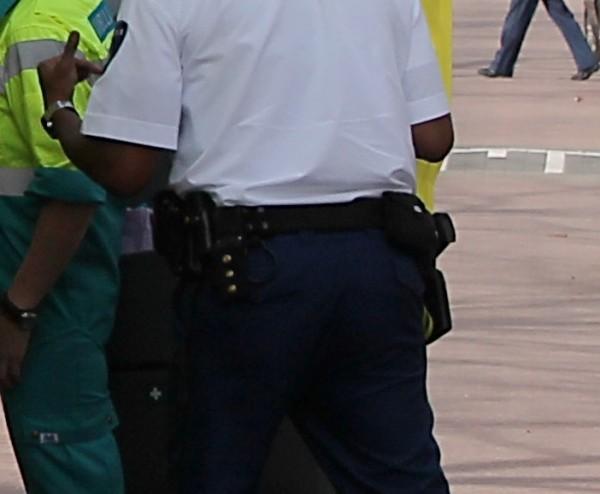 Politie lost schot bij 'carjacking' op Maasboulevard