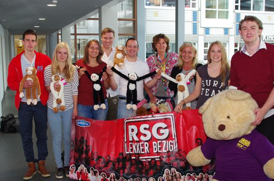 Studentenvereniging zamelt geld en knuffels in Sophia Kinderziekenhuis