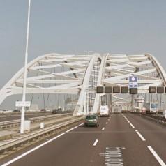 Twee weekendafsluitingen hoofdrijbaan Van Brienenoordbrug (A16) van zuid naar noord voor onderhoud