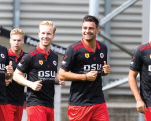 Excelsior wint eerste oefenduel met 2-6 van Westlands Elftal