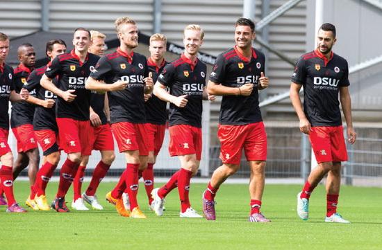 De selectie van Excelsior speelt tijdens de voorbereiding verschillende oefenduels, zoals aanstaande zaterdag tegen FC Oss. Foto: Jan den Breejen