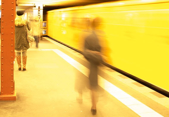 Metroverkeer korte tijd stilgelegd vanwege vals brandalarm