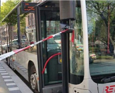 16-jarige jongen aangehouden voor overvallen bus Nieuwe-Crooswijkseweg