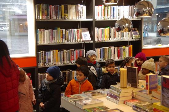 Nieuwe bibliotheek in Het Lage Land feestelijk geopend