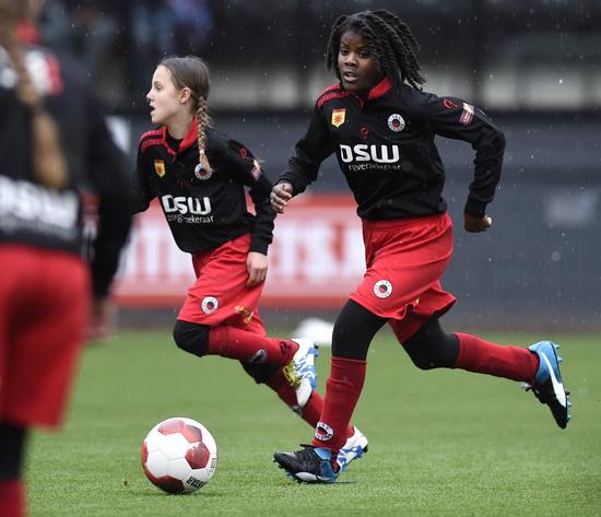 Talentendag voor meisjes bij Sportclub Excelsior