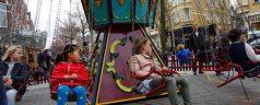 Fotoreportage: Beleef de Lusthofstraat op 1 april