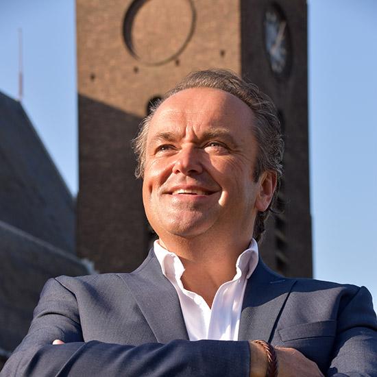Martin Mans geeft Benefiet-orgelconcert voor de Breepleinkerk