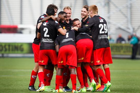Zeker zijn van alle thuiswedstrijden van Excelsior in de Eredivisie