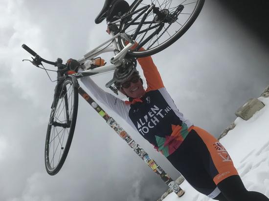 Franny van Linschoten bedwong de Mont Ventoux