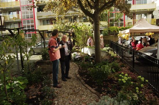 'Vogeltuin' Ketenstraat feestelijk geopend