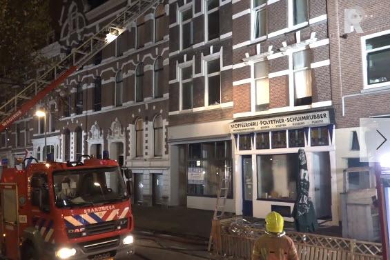 Brand in oud pand Oostzeedijk Beneden