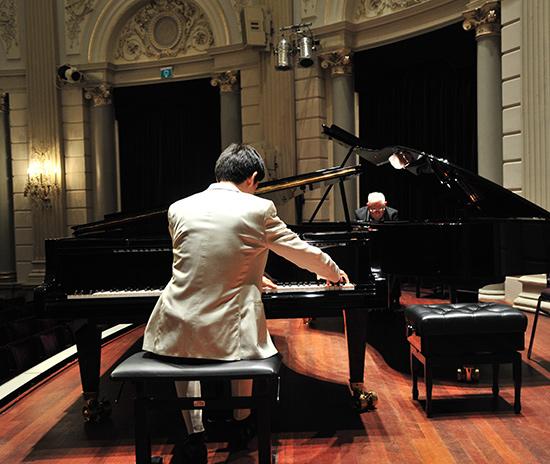 Twee piano-virtuozen in Centrum Pro Rege