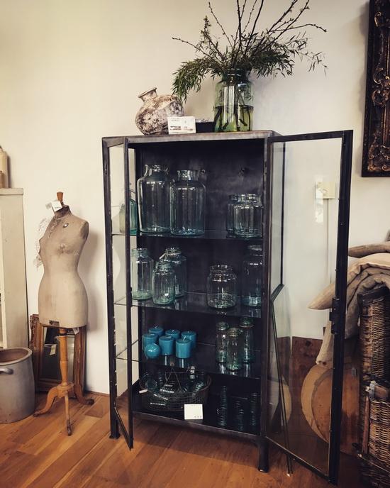 Vintage woonwinkel Fleurs Depot Tweede Paasdag open