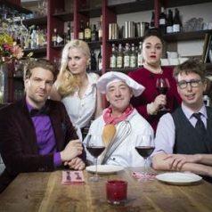 Hilarische komedie 'In de Vlaamsche Pot' in Theater Zuidplein