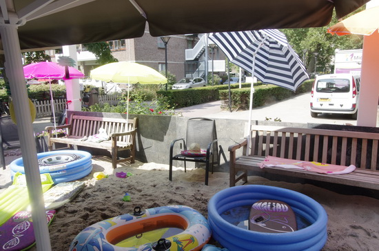'Gewoon een beetje strand in Crooswijk'