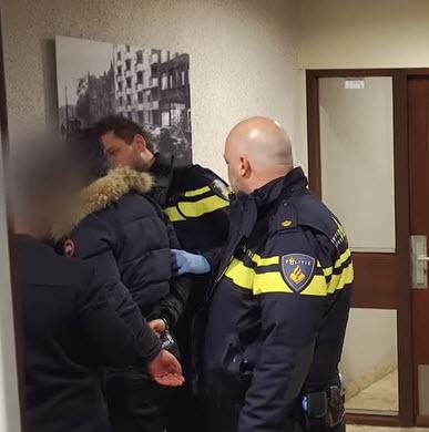 Crooswijkse agent Sander Boer begint YouTube kanaal