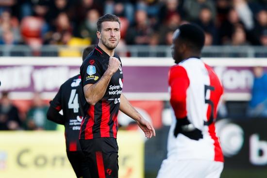 Excelsior Rotterdam verslaat Feyenoord in eigen stadion met 2-1