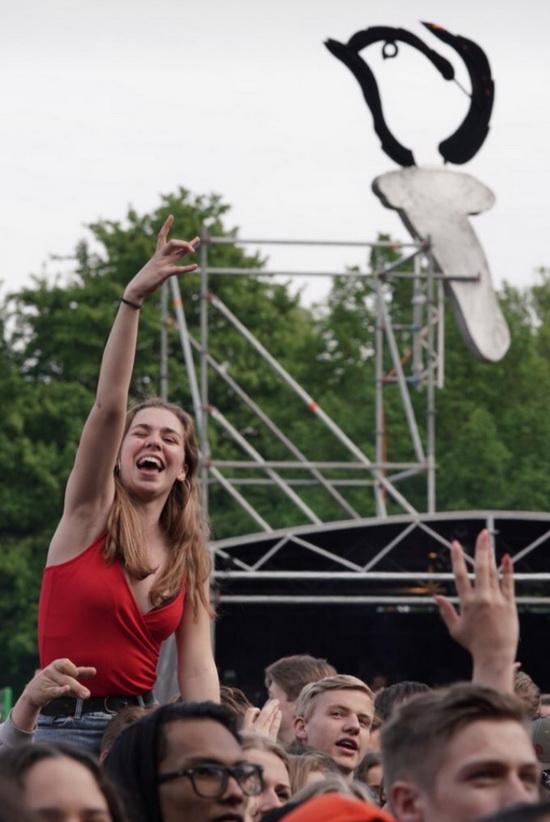 Bevrijdingsfestival druk en zonnig