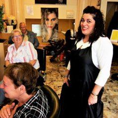 Anita Barning 25 jaar in 't Kniplokaal