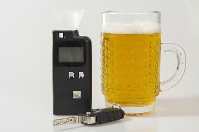 Dronken automobilist scheurt weg na alcoholcontrole Maasboulevard
