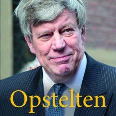 Signeersessie Ivo Opstelten bij Boekhandel Snoek