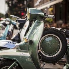 Al meer dan tien aanhoudingen voor scooterdiefstallengolf in Rotterdam-Oost
