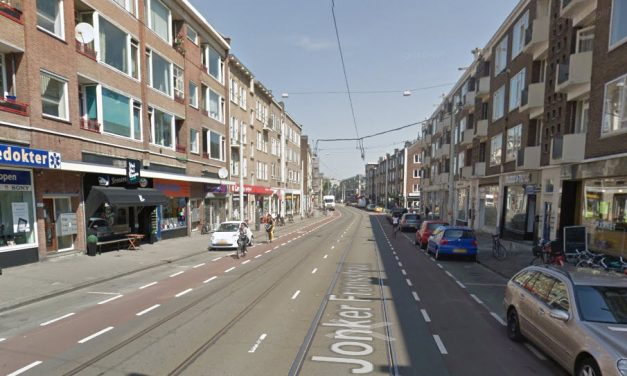 Ontruiming portiekflat Jonker Fransstraat door storm