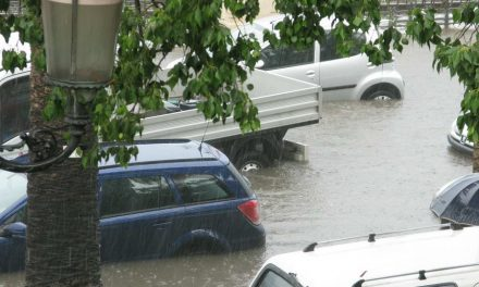 Hoogwater in aantocht: 'Haal je auto langs de kade weg!'