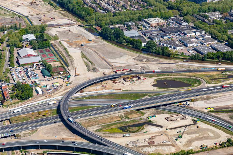 Verbindingsboog vanaf A16 richting Hoek van Holland in augustus en oktober 2020 drie weekenden afgesloten