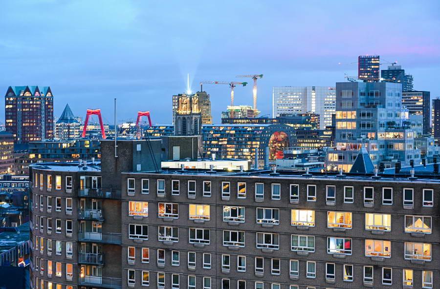 Rotterdam komt met starterslening en legt kamerverhuur aan banden