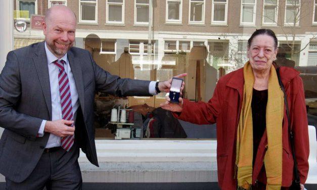Erasmusspeld voor Tonnie van der Sluis