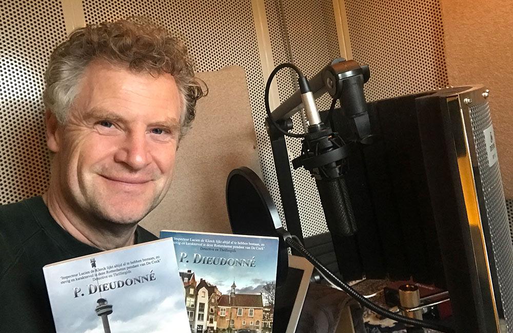 """Mysterieuze Canadees in nieuwe detectiveroman van de """"Rotterdamse Baantjer"""""""